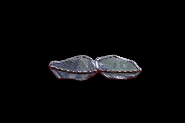 broche ardoise 6 n9 removebg preview